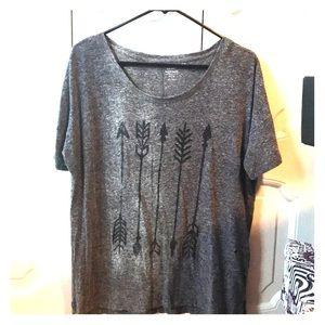 Black arrow grey shirt